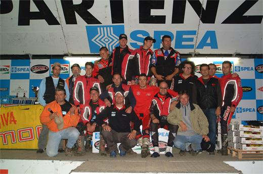 Gruppo storico di collaboratori del Moto Club Valtellina